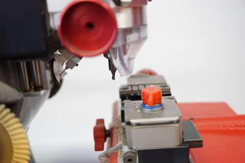 car key cutting machine
